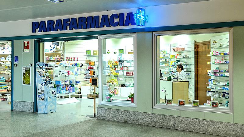 Parafarmacie ancora contro le farmacie per concorrenza sleale for Clou arredi farmacie
