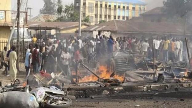 Bambini bruciati vivi, nuova strage di Boko Haram in Nigeria: 65 morti